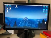 """Samsung LED Monitor 22"""" - Less than 4 months old - As if like New"""
