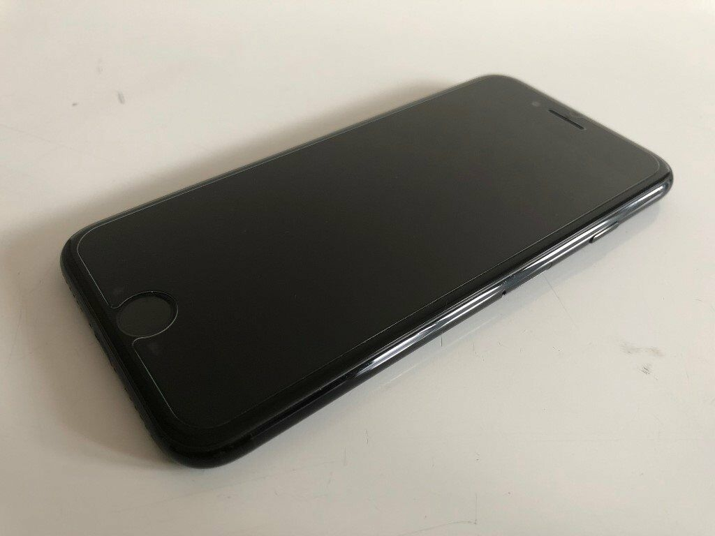 iPhone 7 128GB, in Jet Black, Unlocked and Fully Boxed (with accessories)