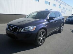 2013 Volvo XC60 T6 Premier Plus - AWD Leather Pano Roof!