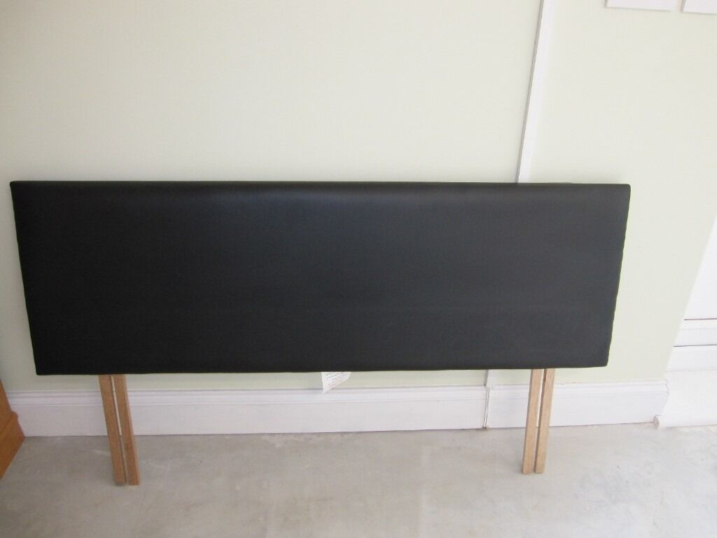 HEADBOARD FOR DOUBLE BEDin Harrow, LondonGumtree - HEADBOARD FOR DOUBLE BED Dark Brown 135cm wide approx Easy to clean, wipeable material. This headboard is like new condition. Was only used for a few months. Collection only from Harrow North west London