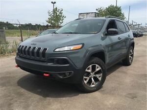 2015 Jeep Cherokee Trailhawk 4x4 LEATHER NAVIGATION PANAROOF BAC