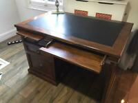 Raffles (Lee Longlands) Victorian style desk
