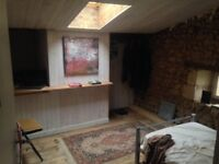 Stylish 2 bed flat, in the French countryside within 2 hrs of London/Paris and Bordeaux :))