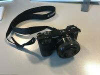Sony A6000 Camera, 2 lenses, 4 memory cards