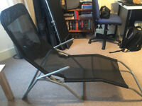 Reclining folding chair in excellent condition