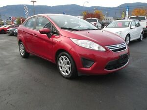 2011 Ford Fiesta SE- GREAT Fuel Economy