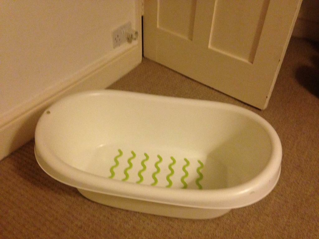 Unique Plastic Baby Bath Tub Ensign - Bathtubs For Small Bathrooms ...