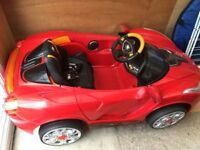 Kids Ferrarri Car, fully automatic, with remote and charger
