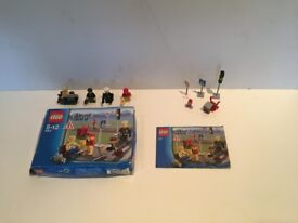 Lego City Traffic Set 8401 with box and instructions