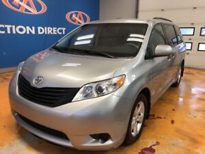 2014 Toyota Sienna 7 Passenger 7 PASS/ POWER GROUP/ ALLOYS