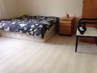 Extra Big Double room for professional female
