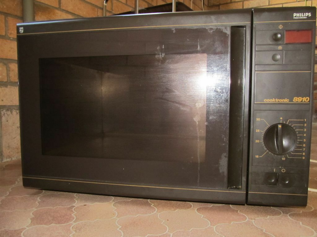 Philips Cooktronic 8790 Microwave Large In Brandon