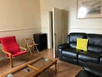 Large/Single Rooms To rent in all inclusive flatshare NO DSS, CHILDREN OR PETS