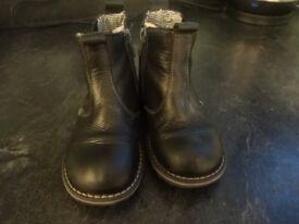 Next leather chelsea boots size 8 infants