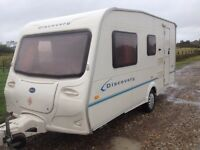 BAILEY DISCOVERY 100 LIGHTWEIGHT 4 BERTH 2005 TOURING CARAVAN