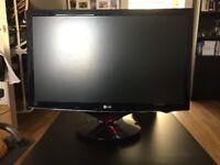 LG 24 inch 1080p Monitor (PS4 / PC / XBOX ONE) - LG w2486L