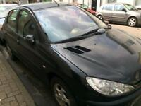 QUICK SALE: Peugeot 206 Black, expired MOT, perfect starter car £100