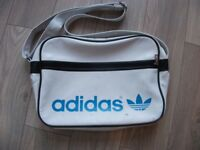 Genuine Retro Vintage Original 1970's 1980's Adidas Peter Black Sports Bag Holdall in white