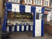 Seafood trailer with pitch