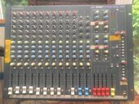 Soundcraft spirt of folio rac pac mixing desk