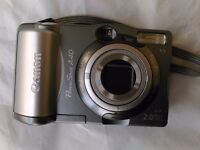 Canon Powershot A40 digital camera, with LowPro case
