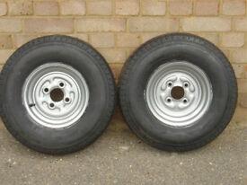 Pair trailer wheels