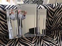Stunning bevelled mirror