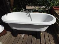 Large Standing bath