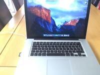 """MacBook Pro i7 15"""" 8gb RAM 256gb SSD"""