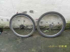 2 x 24in ALLOY Wheels (Front & Rear)