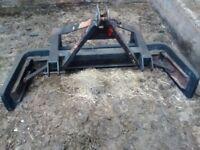 Foster yard scraper