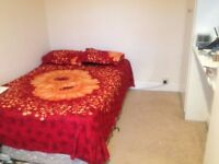 Double bed room to rent near Northampton town