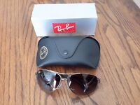 Ray-Ban genuine Unisex Aviator style sunglasses