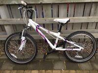 Dawes Redtail 20 inch girls mountain bike