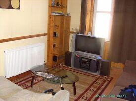 1 bedroom flat - 15 Watson Crescent (Polwarth area)