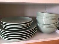 5 large plates, 5 small plates, 8 bowls