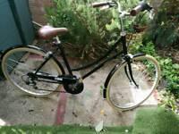 Bobbin Metropole 19 inch frame, black ladies bike
