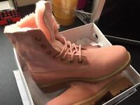 Timberland ladies boots most sizes can post