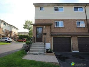 $314,990 - Townhouse for sale in Hamilton