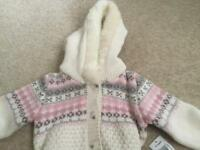Woollen top ages 2/3 never been worn with tags