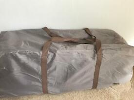 Travel Cot with Bassinette