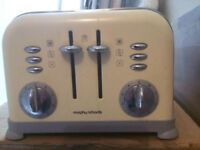 Morphy Richards Toaster, 4 Slice, Cream - Excellent Condition