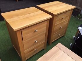 4x large solid oak bedside tables