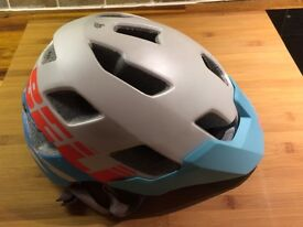 Bell Rush women's mountain bike helmet with MIPS. Size small