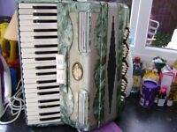 120 bass italian accordion light weight