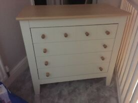 Mamas and papas cot bed and changing chest drawer