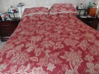 Dorma bedspread and matching curtains