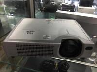 Hitachi projector XGA ED-X3280