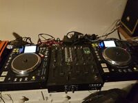 Denon DN-HS5500 Turntable Media Player & Controller USB Pair of turntables decks not CDJ