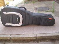 MONO M80 DUAL ELECTRIC GIG BAG RRP £260 VGC (COLLECT LE27QT)